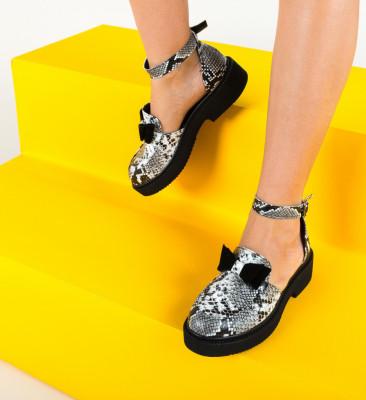 Ежедневни обувки Pretty Черни