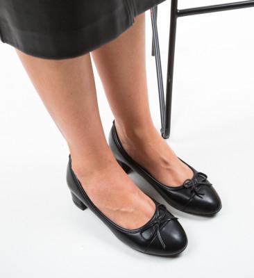 Обувки Calhou Черни