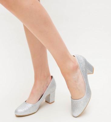 Обувки Cu Toc Drux Сребърни