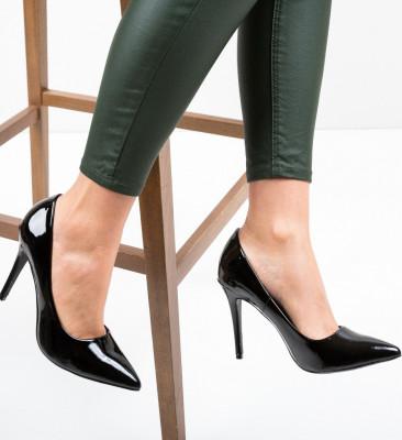 Обувки Tommyga Черни