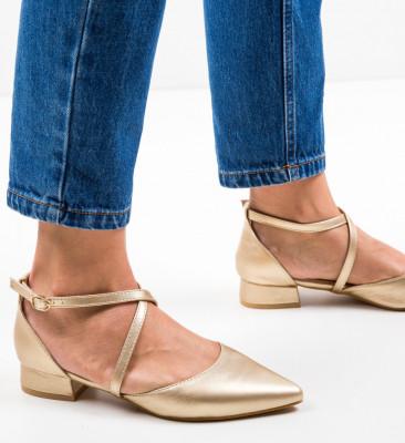 Обувки Yousif Златни