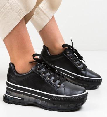 Спортни обувки Margela Черни