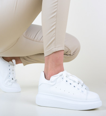 Спортни обувки Tomyo Бели