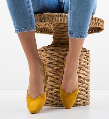 Обувки Esmai Жълти