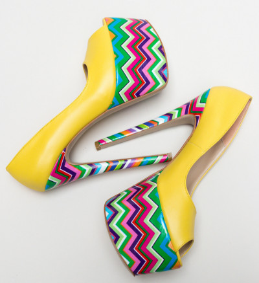 Обувки Valeria Жълти
