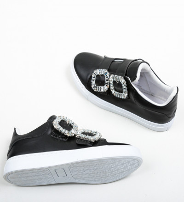 Ежедневни обувки Undy Черни