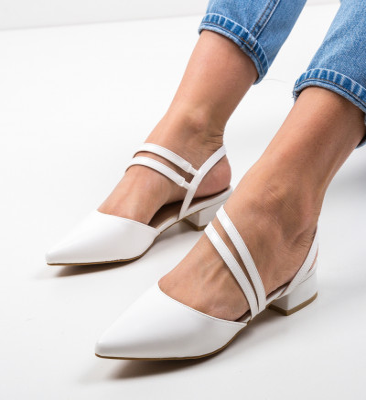 Обувки Brad Бели