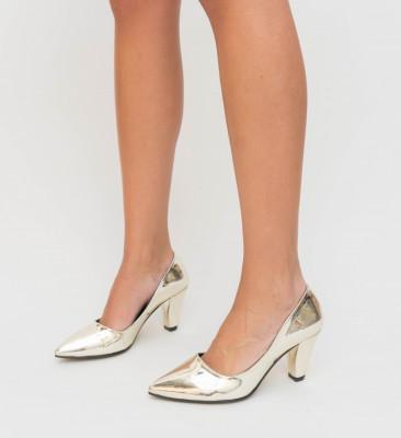 Обувки Elis Златни