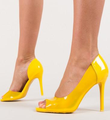 Обувки Fabo Жълти