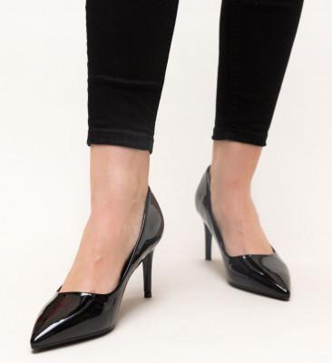 Обувки Grace Черни