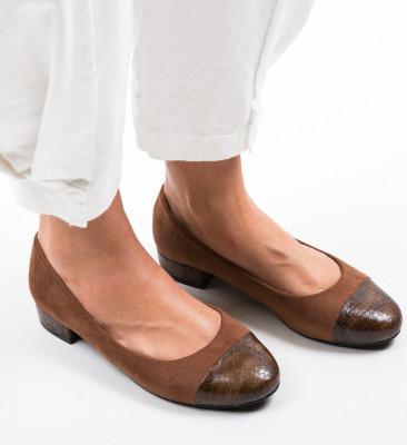 Обувки Gwio Кафяв