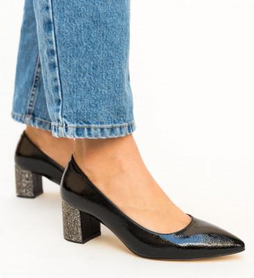 Обувки Lella Черни 3