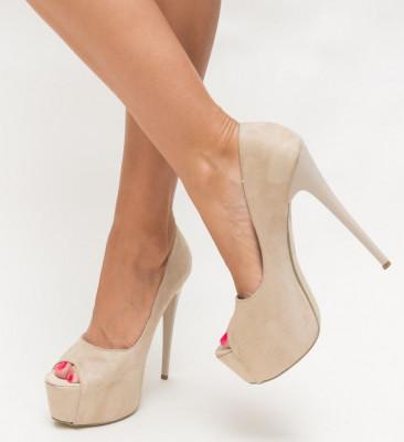 Обувки Malta Бежови 2