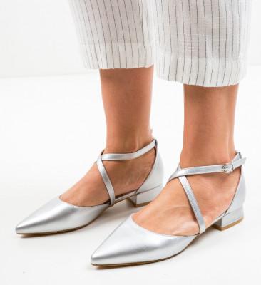 Обувки Yousif Сребърни