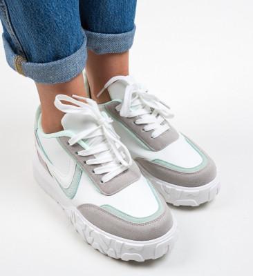 Спортни обувки Dodd Зелени