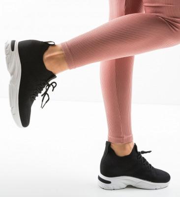 Спортни обувки Garen Черни