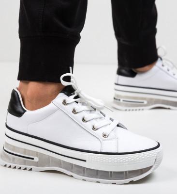 Спортни обувки Margela Бели