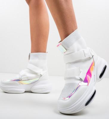 Спортни обувки Tina Бели