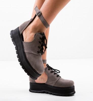 Ежедневни обувки Vespas Сив