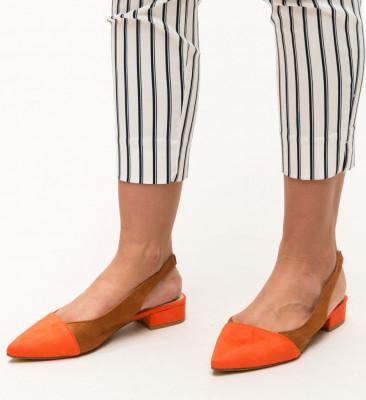 Обувки Adams Оранжеви