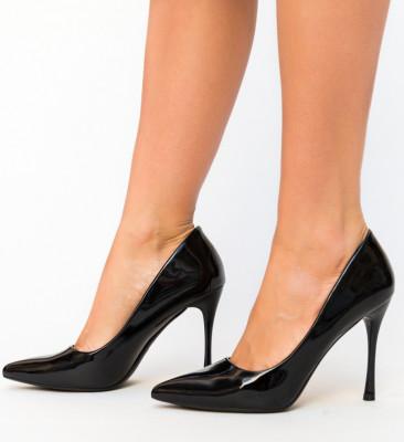 Обувки Arav Черни