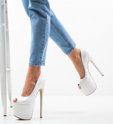 Обувки Quker Бели