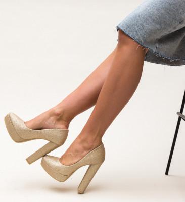 Обувки Shona Златни