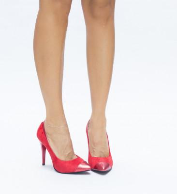 Обувки Taco Червени