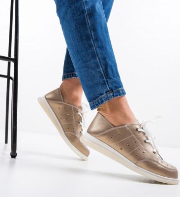 Ежедневни обувки Bessie Златни