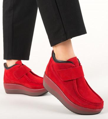 Ежедневни обувки Zahraa Червени