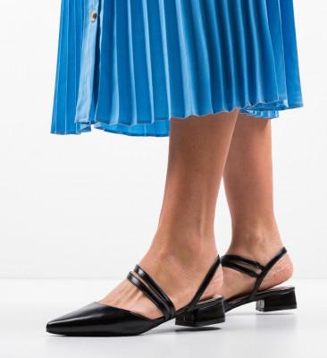Обувки Brad Черни