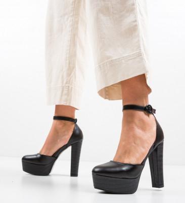 Обувки Krista Черни