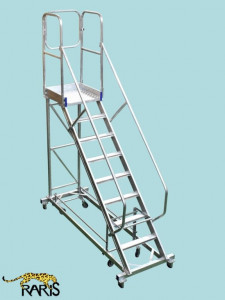Scara mobila cu platforma, din aluminiu, la 45 grade, cu maneta, produs - tip SPLR 45