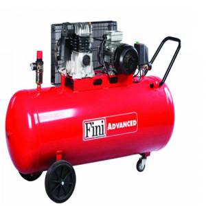Compresor FINI MK 103-200-4, trifazat, debit 246 litri/min, butelie 200 litri