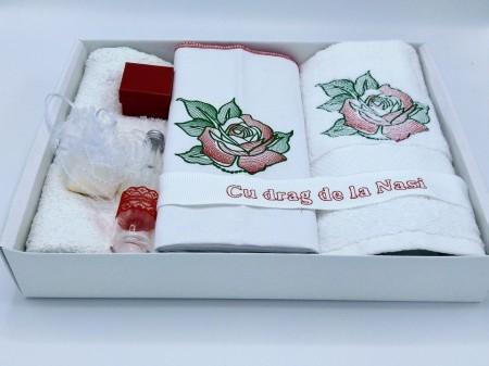 Trusou botez trandafir brodat