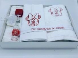 Trusou botez Minnie, culoare rosu