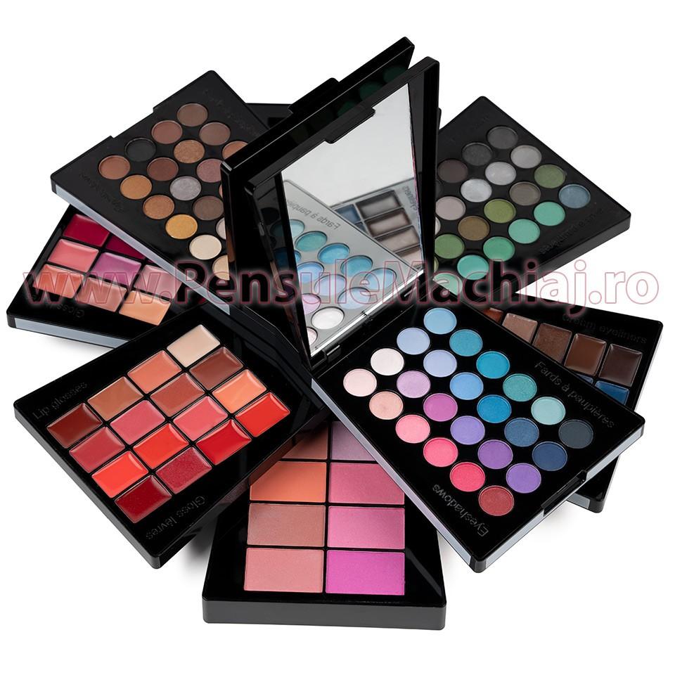 Trusa Machiaj Multifunctionala 132 Culori Ever Beauty Make Up Palette