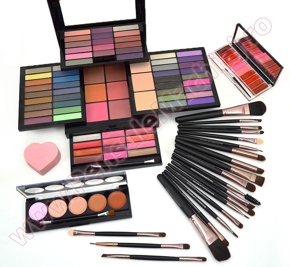 Set Machiaj Fashion Make Up Kit Cadouri