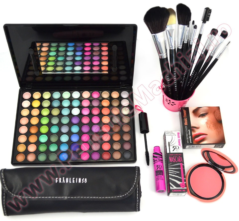Set de Machiaj Fraulein38 Charming Matte Look + CADOURI