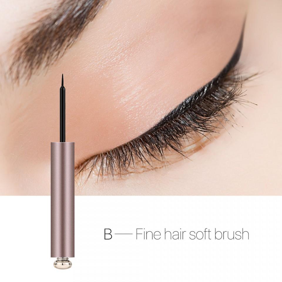 Eyeliner Lichid Dazzling Black Fine Hair Soft Brush