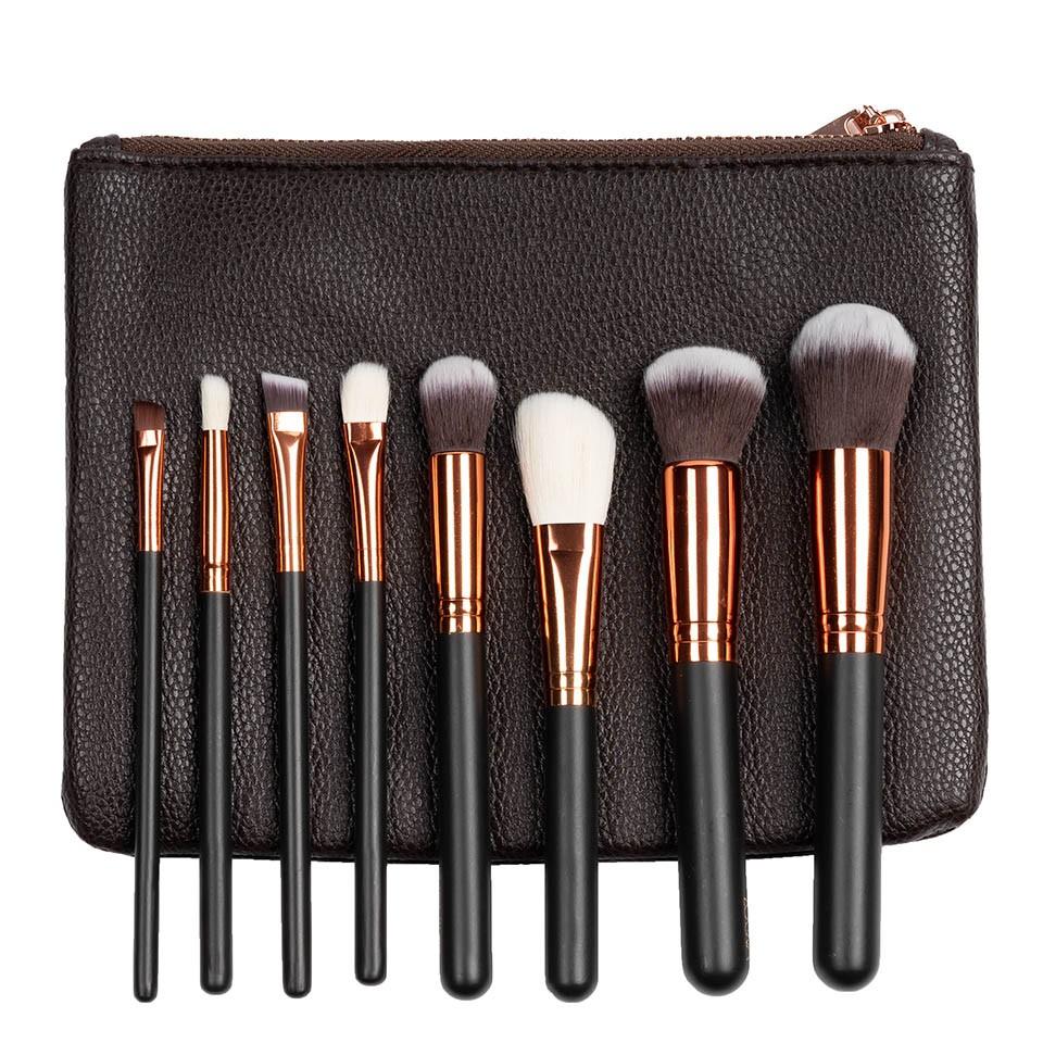 Set 8 pensule machiaj Indispensable Makeup + Borseta Cadou pensulemachiaj.ro
