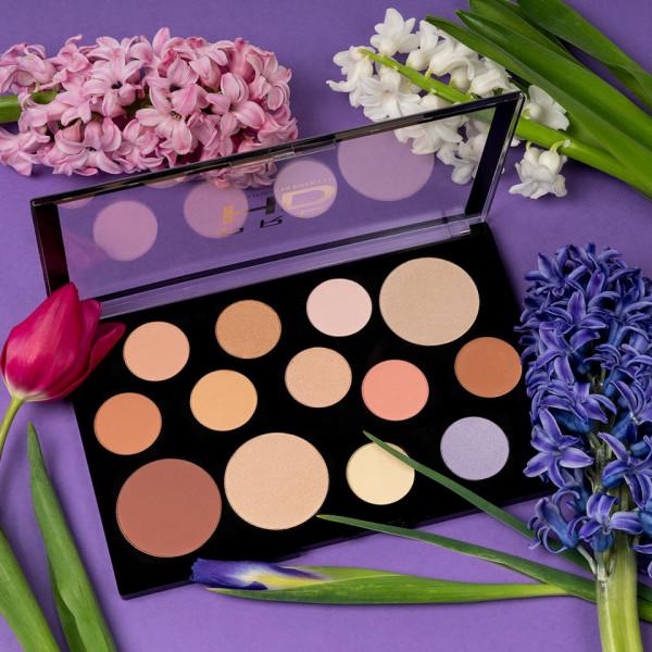 Poze Paleta Iluminator & Contur MakeUp Revolution HD Palette