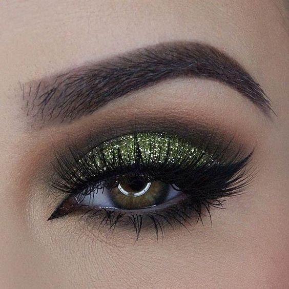 Poze Trusa Farduri Glitter Ochi Valentine Glam Special Edition