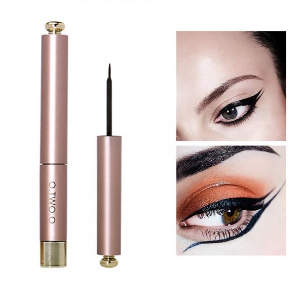 Poze Eyeliner Lichid Dazzling Black Fine Hair Soft Brush