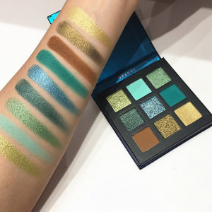 Trusa Farduri Beauty Glazed Uranus