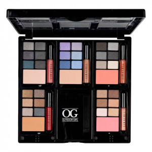 Trusa Machiaj Take Me Out Premium Pallete cu pudra, blush si Lip Gloss