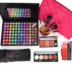 Set Cadou Produse Cosmetice Candy Lady