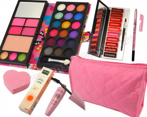 Set Cadou Produse Cosmetice Beauty Spells and Glamour