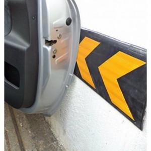 Gumeni odbojnik za garaže WP5 80 cmje izrađen od vulkanizirane gume sa reflektujućim trakama. Pogodno za zatvorene prostore kao što su garaže i parking mesta. Štiti vrata automobila od oštećenja prilikom otvaranja.