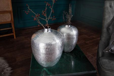 Handgemaakte vazen set van 2 ORIENTAL 33 cm zilver met voetbescherming